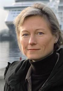 Dr. Yvonne Fritzsche-Sterr